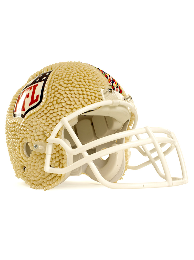 AP_DV_NFL Riddell_American_football_helmet_01